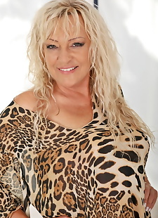 sex images Blonde granny Magdi shows her big sexy, milf , blonde