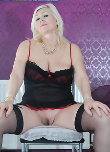 sex images Chubby large mature Platinum Blonde, stockings , bbw  spreading