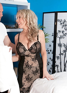 sex images Beautiful older lady Tarise Taylor, big tits , massage
