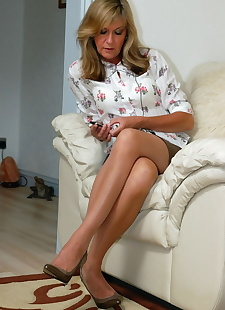 sex images Older bored housewife Satin Jayde, stockings , blonde