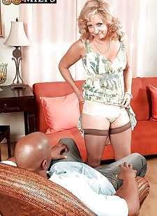 sex images Connice McCoy in seasoned MILF lady, blowjob , interracial